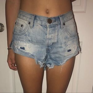One teaspoon loft wash jean shorts sz 26